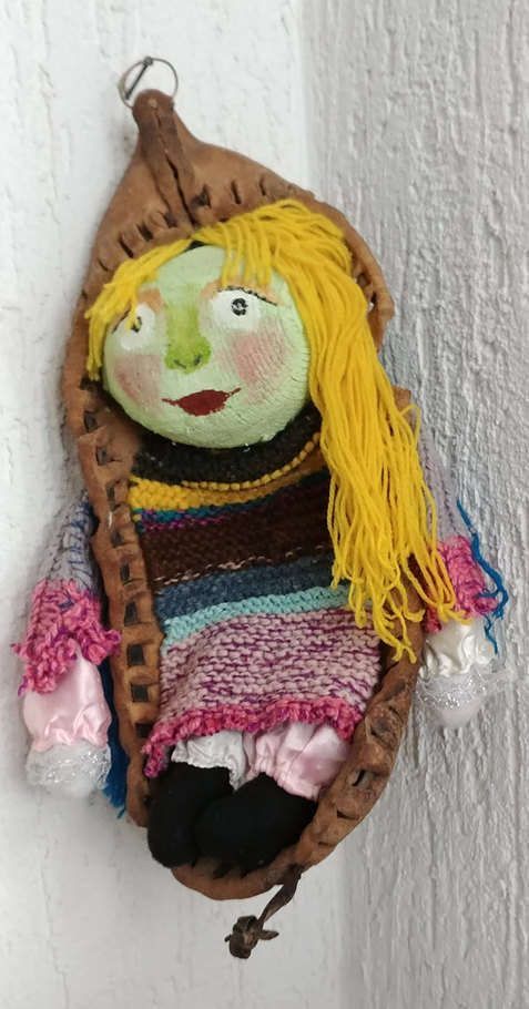Perinteinen nukke Traditional doll