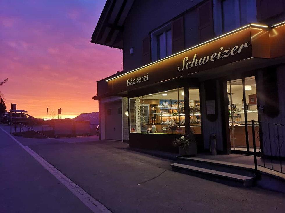 Cafe Schweizer morgenrot.jpg