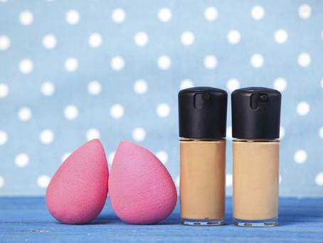 ¿Cómo limpiar las esponjas de maquillaje?