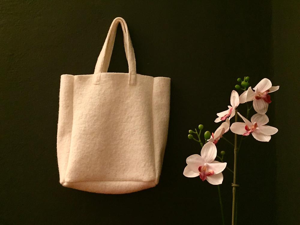 Stoffreste sinnvoll verwerten zum Beispiel für eine Tasche