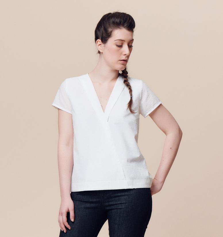 Weiße Bluse mit Twist