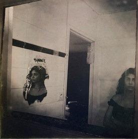 Lyana au miroir, 2017 - 50 x 50 cm