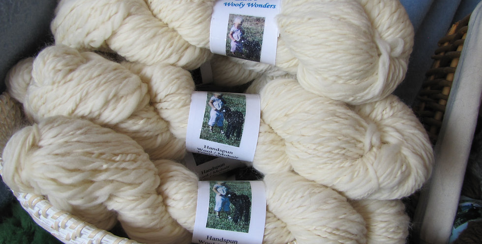 White Bulky weight, triple ply yarn