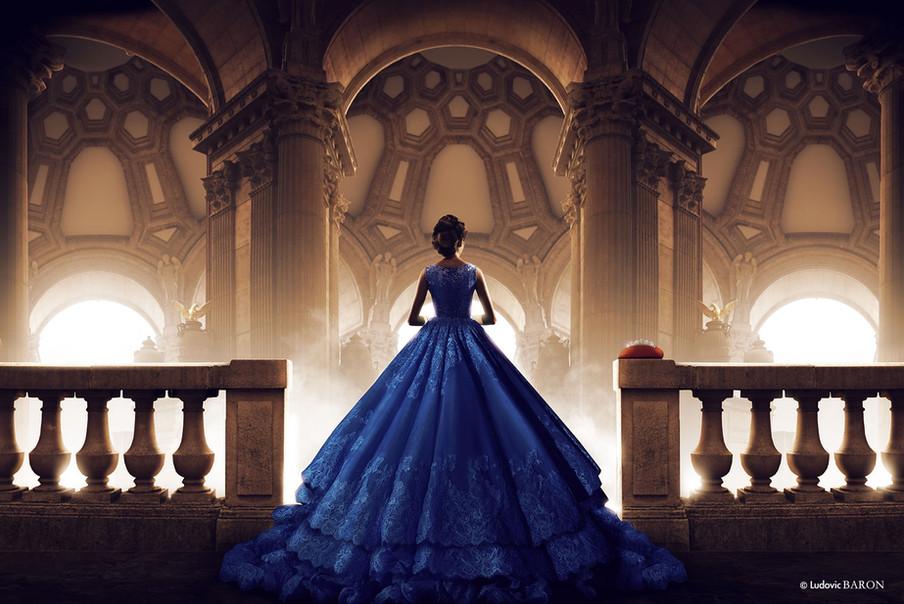 La femme en bleu face à ses pensées (2015)