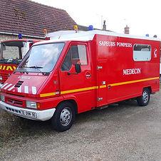 ambulance-01.jpg