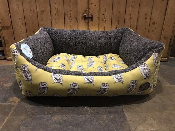 "Snug & Cosy 36"" - 92cm Large Dog Bed. Owl."