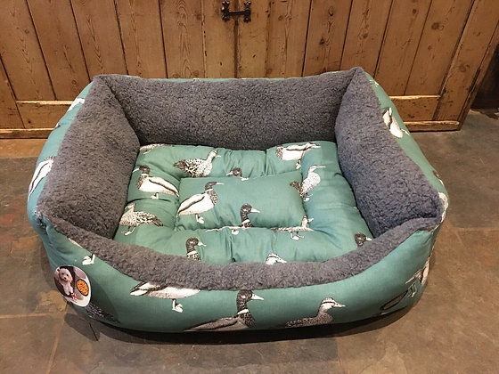 """Snug & Cosy 36"""" - 92cm Large Dog Bed. Teal Duck"""