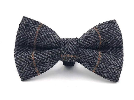 Hugo & Hudson Grey Check Herringbone Bow Tie