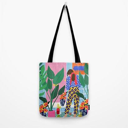 inside-my-personal-garden-bags.jpeg