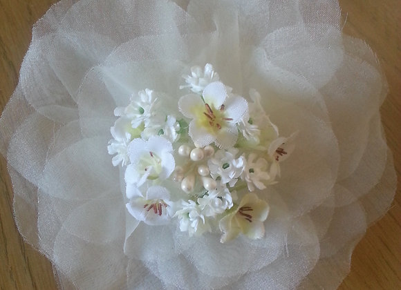ARTIFICIAL FLOWER BABIES BREATH AND ORGANZA WRIST CORSAGE