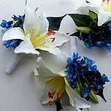 ARTIFICIAL FLOWERS BLUEBELL AND LILY COR