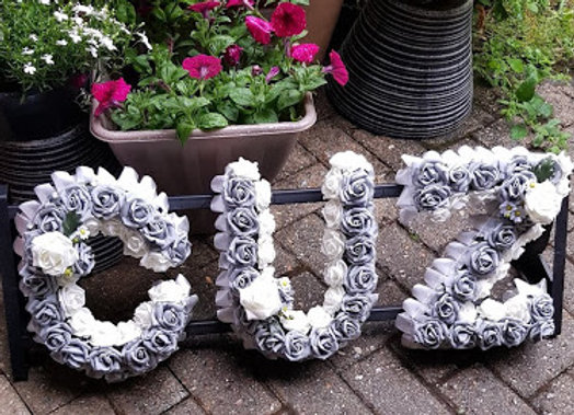 ARTIFICIAL FUNERAL FLOWERS  ROSE AND DAISY 3 LETTERS