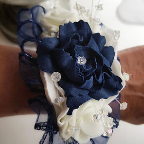 Artificial Flowers Navy and White Rose W