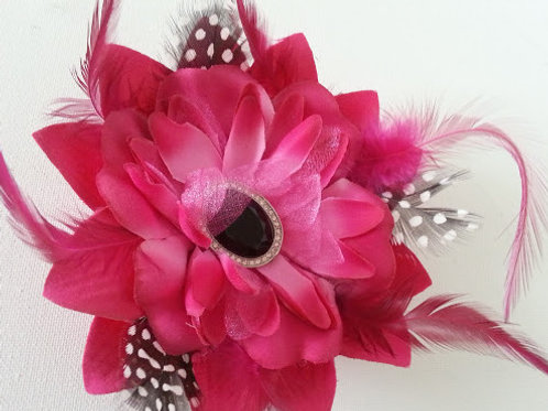 ARTIFICIAL FLOWER HAIR ACCESSORY/CORSAGE IN HOT PINK