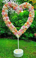 Artificial Flowers Extra Large Pastel Rose Heart.jpg