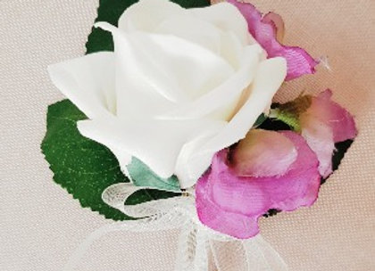 ARTIFICIAL ROSE AND SWEET PEA BUTTONHOLE