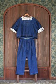 vareuse & classic pants