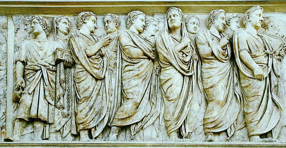 Frise nord de l'Ara Pacis (Autel de la Paix), édifié par l'empereur Auguste à Rome, Ier siècle.