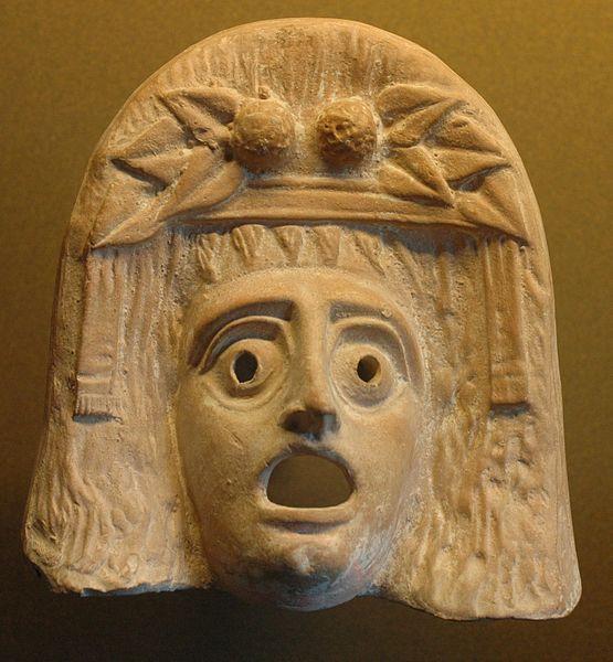Masque de Dionysos, figurine en terre cuite, ca. IIIe-Ie s. av. J.-C., découverte à Myrina, conservée auMusée du Louvre