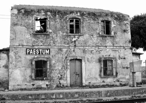 Gare de Paestum