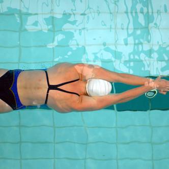 Weiblicher Schwimmer