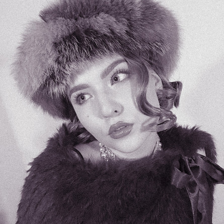 3Silent Movie Looks For New Year's Eve