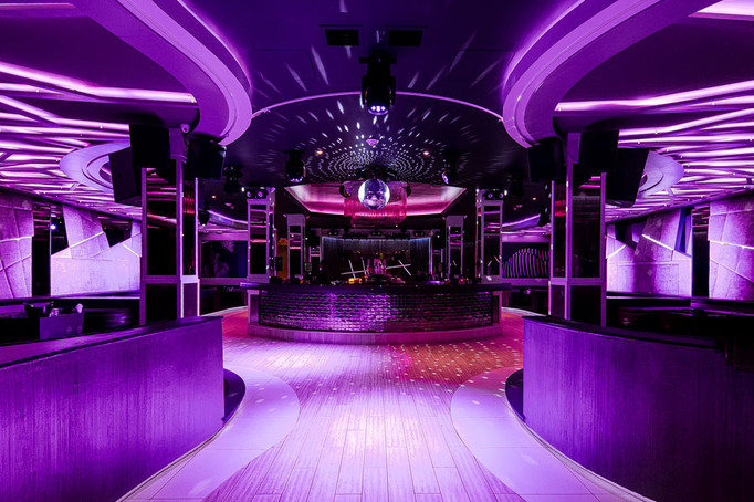 dynaled-club-disco-lighting-examples-10.