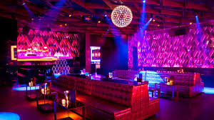 dynaled-club-disco-lighting-examples-11.