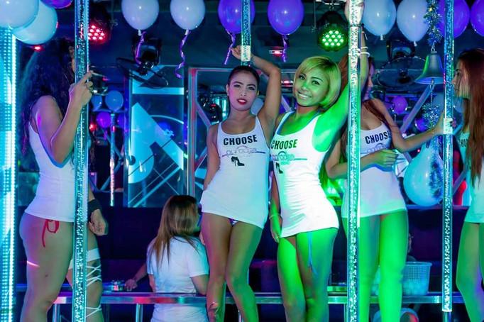 Lighted Dancing Pole Pattaya