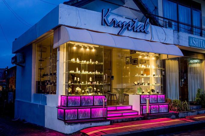 Krystal 4.jpg