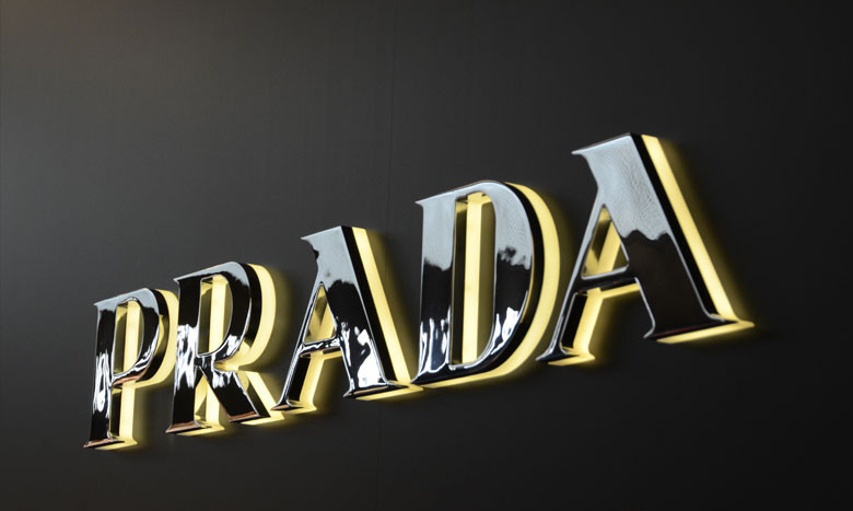 3d-led-backlit-signs-with-mirror-polishe