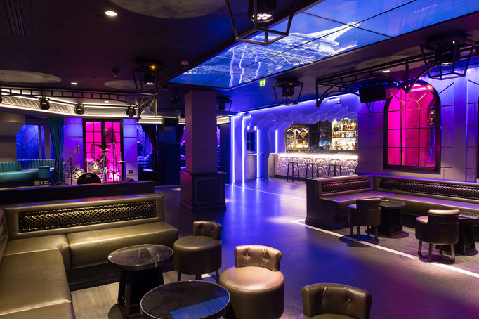 dynaled-club-disco-lighting-examples-16.