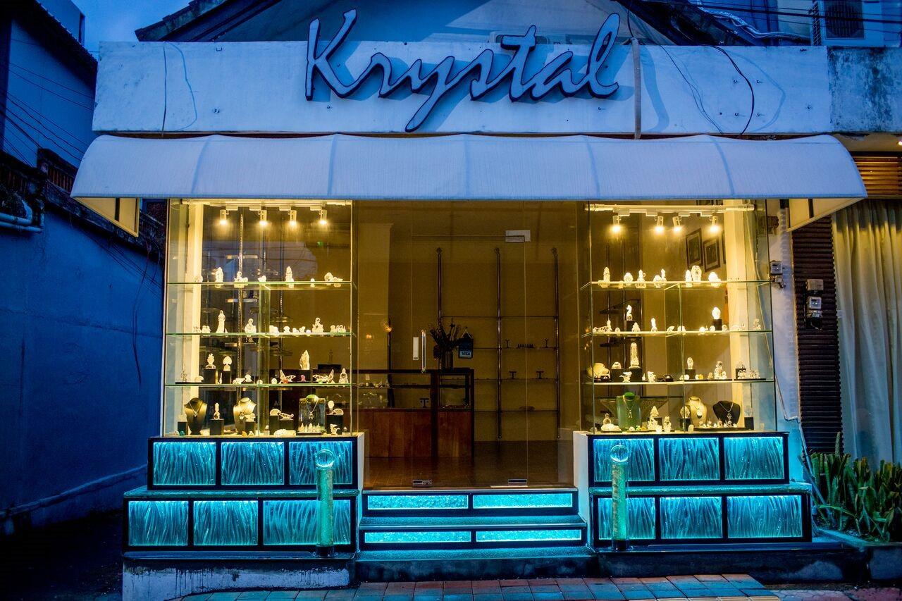 Krystal 5.jpg