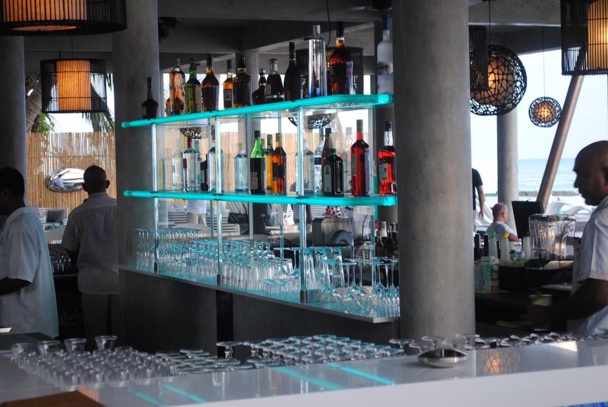 lighting-design-thailand-maldives-bar-5.