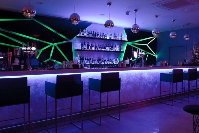 dynaled-bar-lighting-design-example-6.jp