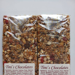 Two bars with ingredients