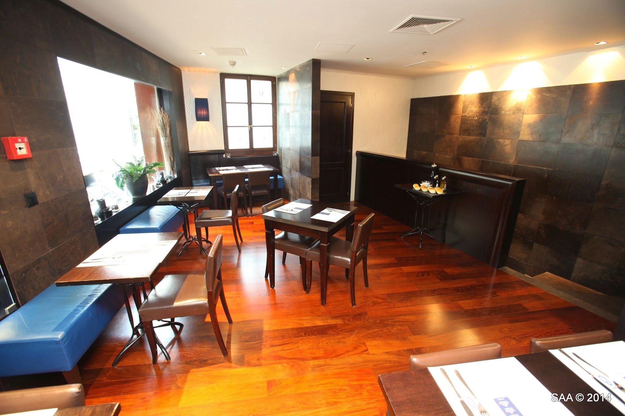 Bar_Lounge_Capocaccia_Ginevra-003.jpg