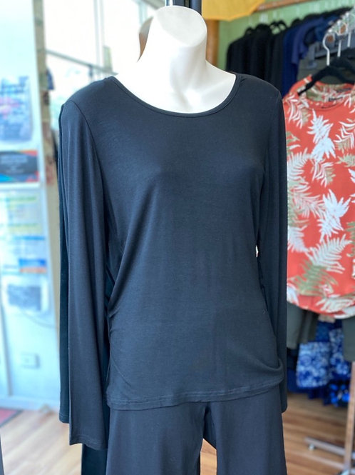 Basics - L/Sleeve black top