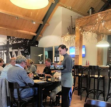 Gezellig dineren in restaurant Hof van 's Gravenmoer