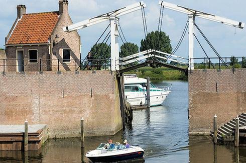 Bezoek de vestingssteden zoals Heusden en Geertruidenberg