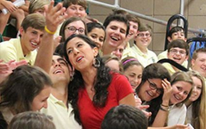 Cristina of last year's Shreveport Opera troupe sang Carmen alongside Menard students.