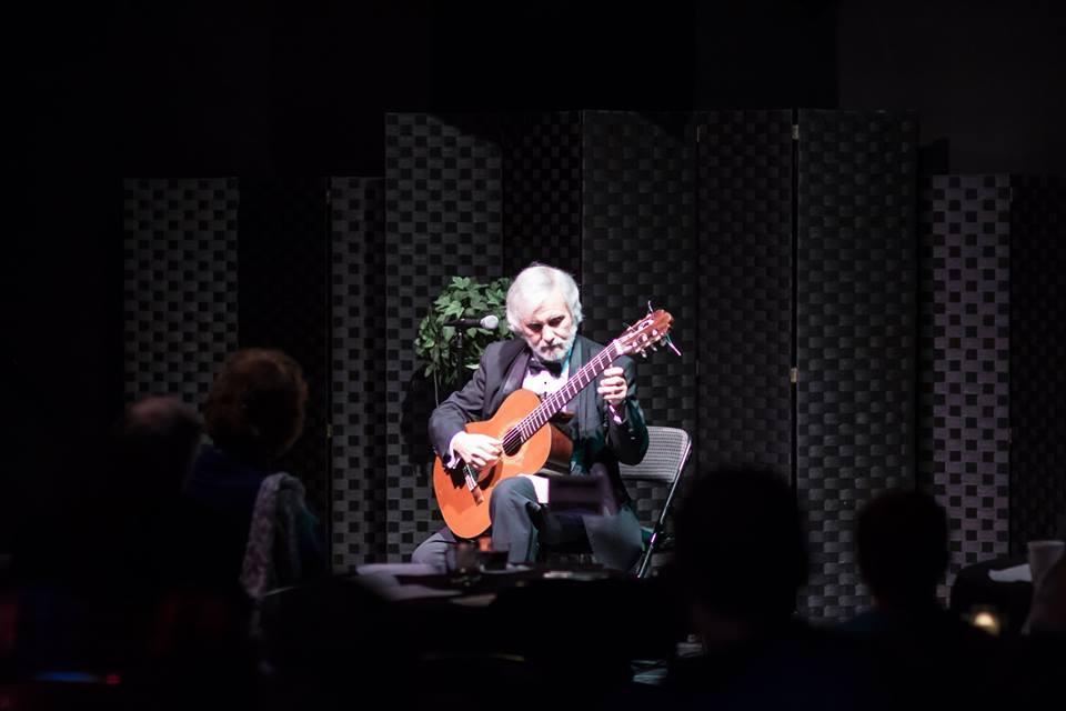 Guitarist John De Chiaro