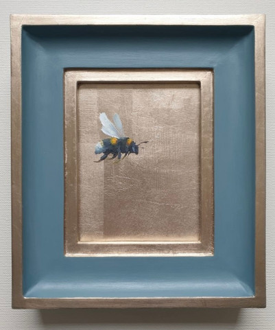 "Denimes Gold Bumble (flying right), Oil on genuine golf leaf, 7x8"" framed"