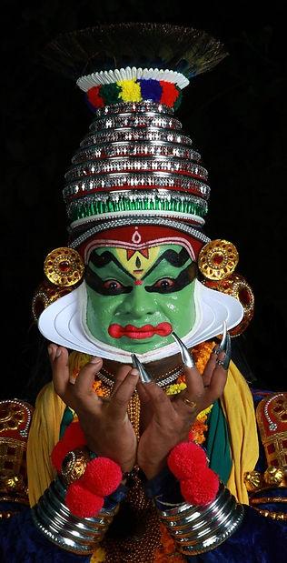 Pallippuram Sunil Kathakali artist