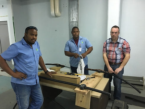 Assembly of high voltage joints and terminations