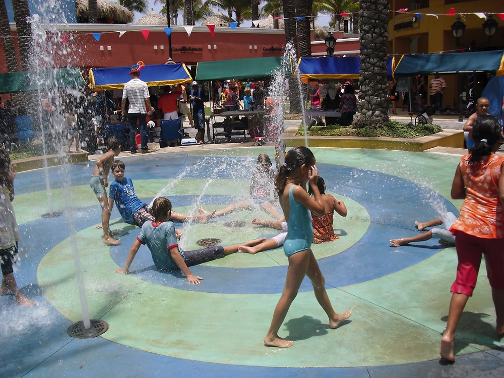 Renaissance Mall, Things to do in Curacao