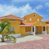 Front Villa Seashell Curacao