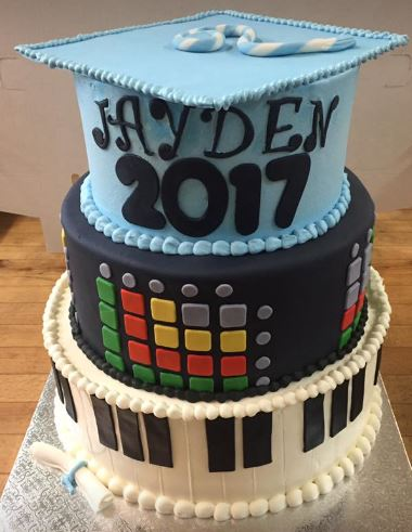 grad cake 11
