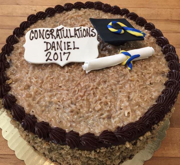 grad cake 2