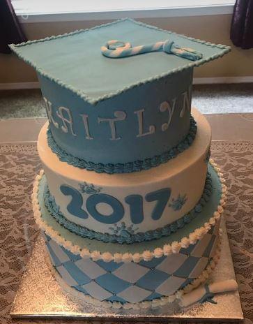 grad cake 4
